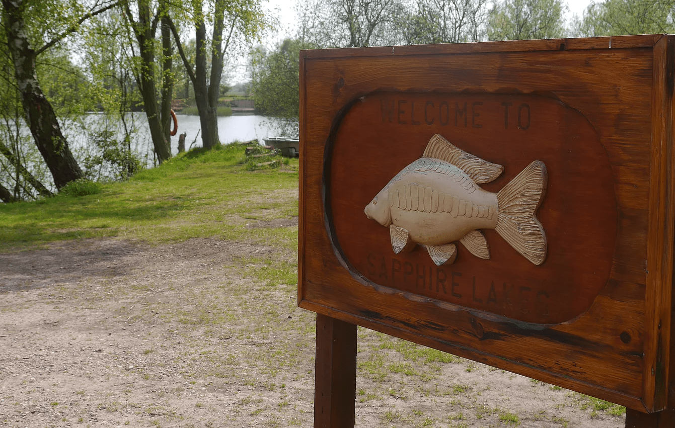 Sapphire Lakes sign